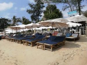 Transats gratuits a Lamai Beach.