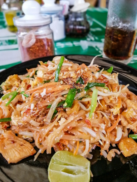 Pad Thai Chicken chez Mam Thaï restaurant à Lamai (Koh Samui)