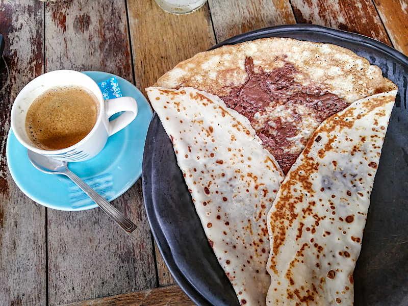 Café et crêpe à La Bohemia Beach, Koh Samui.